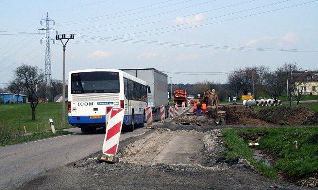 Dopravní situace mezi Vamberkem a Rychnovem nad Kněžnou.