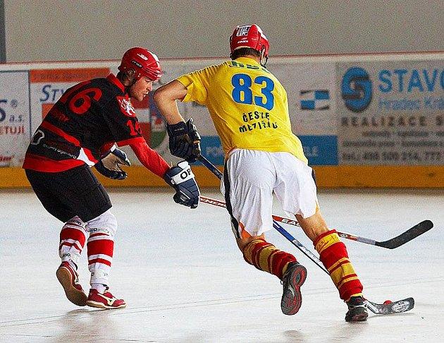 Opočenská hokejbalová liga: Meteor Hradec Králové vs České Meziříčí 3:2 PP.