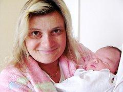 ADAM VALENTA: Manželé Andrea a Vratislav Valentovi z Borohrádku přivedli na svět syna. Narodil se 3. března ve 13.22 hodin s váhou 4,32 kg a délkou 52 cm. Doma se na brášku těšil Daniel.