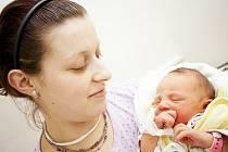 ANEŽKA: Lucie Kůstová a Miloš Fabián z Deštného v Orlických horách přivedli na svět dceru Anežku. Ta se narodila 11. 1. v 17.31 hodin (2,67 kg a 48 cm). Tatínek byl u porodu a vše zvládl velmi statečně.