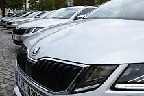Nové vozy pomohou sedmi sociálním organizacím.
