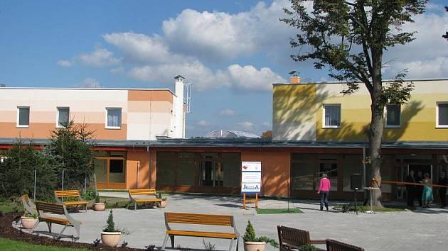 Dostavba domova důchodců v Albrechticích