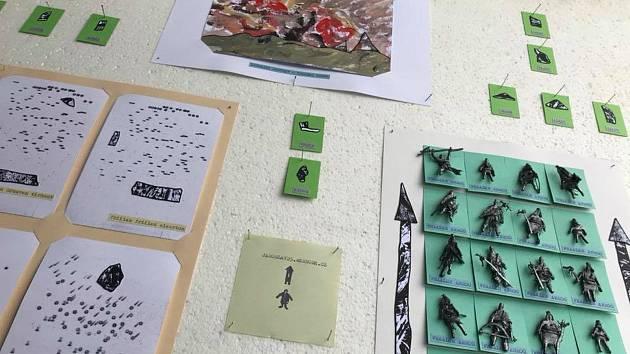 Galerie Skříňka ukazuje prostřednictvím výstavy život imaginárních ostrovanů.