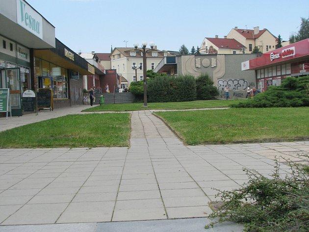 Pěší zóna v rychnovské Havlíčkově ulici