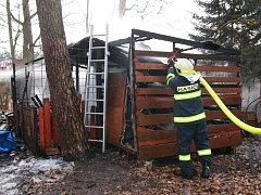 Požár zahradního domku v Borohrádku.