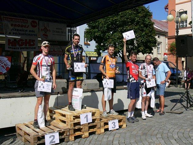 Celkem se představilo 272 cyklistů