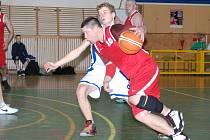 Basketbalisty Týniště čeká v semifinále play off Nová Paka
