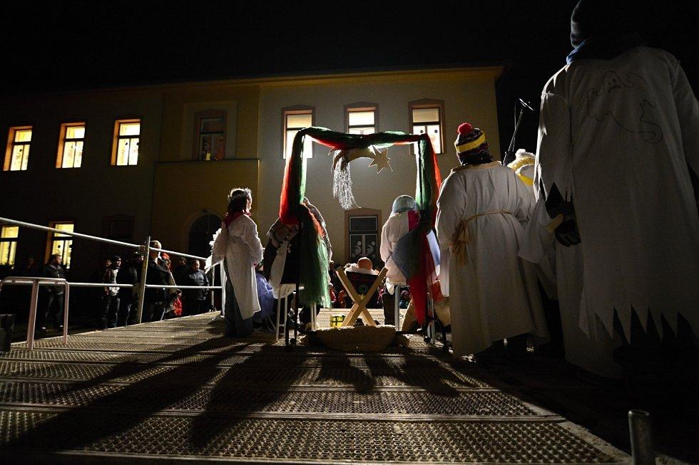 Navštívili jsme v Borohrádku živý betlém
