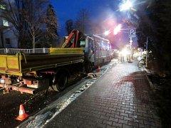 Opilý řidič napáchal škodu a zaměstnal policii.