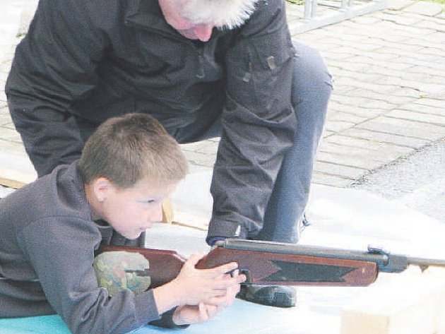 Spousta úkolů děti moc bavila a jejich svátek si ve škole užily.