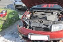 PROFÍCI Z DOBRUŠKY zasahovali ve středu po sedmí ráno při dopravní nehodě dvou osobních vozidel