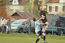 O víkendu vstoupí do jarních odvet krajské I. B třídy osm fotbalových mužstev z Rychnovska.