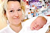 JOSEF MADER: Manželé Nikol a Tomáš Maderovi ze Souvlastní přivedli na svět syna. Narodil se 23. května v 10.40 hodin s váhou 3,8 kg a délkou 52 cm. Tatínek byl u porodu a zvládl to dobře.