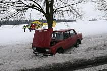 Nehodu bohužel řidič Lady nepřežil