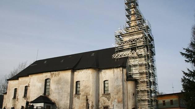 Adventní koncert přispěje i k opravě kostela v Orlickém Záhoří.