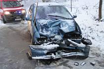 Nehoda osobního vozu v Lukavici.