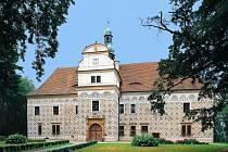 STAVBA RENESANČNÍHO DOUDLEBSKÉHO ZÁMKU, který byl využíván jako lovecký, byla dokončena v roce 1590