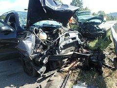 Dopravní nehoda dvou osobních automobilů v Rychnově nad Kněžnou.