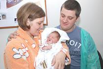 MATYÁŠ PLUCNAR: Rodiče Eva Dytrtová a Petr Plucnar z Liberka mají radost z narození prvorozeného syna Matyáše. Narodil se 24. února (3,48 kg). Tatínek byl u porodu a zvládal to skvěle, byl mamince velkou oporou.