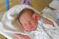 ERIK ODSTRČIL přišel na svět 4. listopadu 2018 v 16.10 hodin Veronice Kubové a Petru Odstrčilovi z Boršova. Měřil 51 cm a vážil 3 250 g. Tatínek byl u porodu a zvládal to perfektně. Z narození miminka se těší i sestřička Dominika.