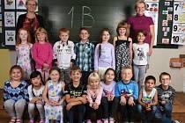 Žáci 1. B třídy ze ZŠ České Meziříčí s paní učitelkou Blankou Hrnčířovou a s paní asistentkou pedagoga Gabrielou Štěpánovou.