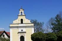 Kaple Panny Marie Bolestné v Semechnicích u Opočna.