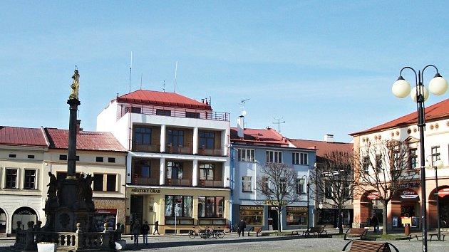 Dobruška - městský úřad. Ilustrační foto.
