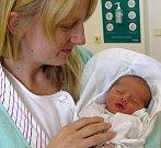 VIKTORIE KUBÍČKOVÁ   maminky Věry a tatínka Jana ze Synkova se narodila 15. března v 14.39 hodin.  Vážila 2620 g , měřila 46 cm. Tatínek se u porodu choval skvěle.