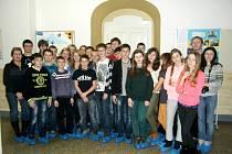 VLONI SE NA UKRAJINU podívali studenti z rychnovského gymnázia. Nyní přivítali své kolegy v domácím prostředí.
