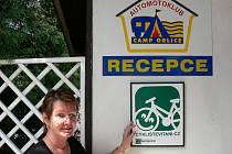 Provozovatelka kosteleckého autocampingu Orlice Pavlína Tamášová poukazuje, že zařízení Automotoklubu je připravené i pro cyklisty.