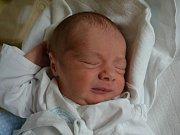 FILIP LELEK se narodil 8. července ve 14:18. Z prvorozeného děťátka se těší maminka Michaela Alimová a tatínek Tomáš Lelek ze Semechnice. Chlapeček vážil 2920 gramů a měřil 50 cm. Tatínek byl mamince oporou a vše zvládl na výbornou.