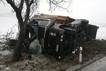 Nehoda kamionu u Dolan na Náchodsku