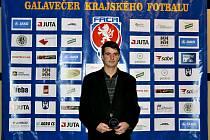 DOBRUŠSKÝ ÚTOČNÍK Aleš Hašek byl vyhlášen nejlepším hráčem sezony 2014-15 a nejlepším střelcem Krajského přeboru.