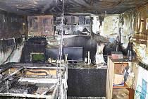 Hořela garáž rodinného domu, škoda je asi 800 tisíc korun.