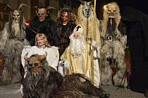 Komu leží čerti v žaludku? To neví ani oni sami. Přesto by se do Kostelce za rok opět vrátili, aby tu opět předvedli oblíbenou pekelnou show.