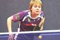 Andrea Macurová v Hluku vybojovala dvě výhry, jenže spoluhráčky přidaly už jen jednu, což na zisk bodů nemohlo stačit.