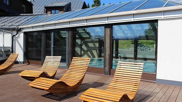 Nový areál Amenity Resorts u Deštného v Orlických horách.