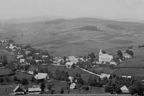 Jak jsme žili v Československu: Bartošovice v Orlických horách.