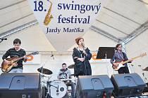 TÝNIŠTĚ NAD ORLICÍ ŽILO o uplynulém víkendu dalším ročníkem swingového festivalu, který letos dospěl do plnoletosti.