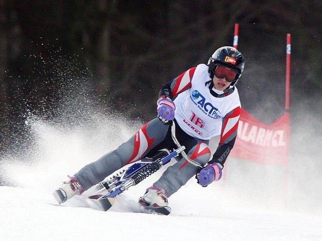 ČESKÁ JEDNIČKA. Skibobistka Alena Housová jasně kráčí za celkovým prvenstvím v letošním ročníku Světového poháru
