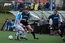 Utkání krajského přeboru Spartak Rychnov - Slovan Broumov skončilo nerozhodně 2:2.