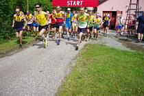 Čtyřiatřicátého ročníku přespolního běhu areálem zdraví Chábory se zúčastnilo více než sto závodníků.