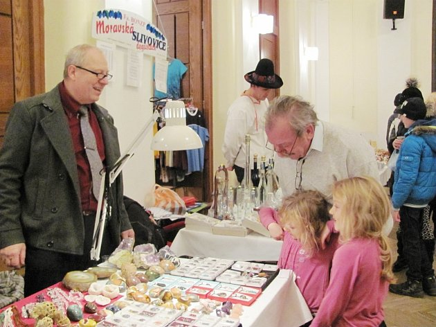 Vánoční jarmarky byly v sobotu v Rychnově n. Kn. hned dva.