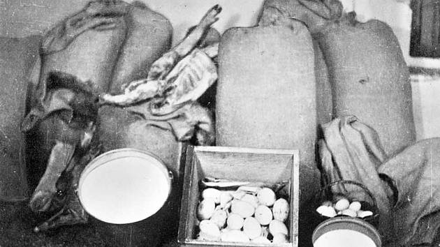 Komunisté od počátku zatěžovali rodinu požadavky na nesmyslně vysoké dodávky plodin.