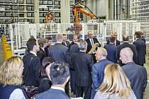 Slavnostní otevření automatického skladu v Kvasinách.