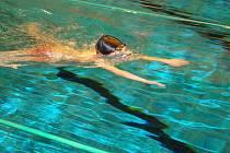 Předvánoční akce v dobrušském bazénu.