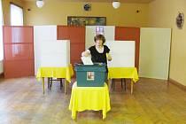 Ve druhém kole prezidentských voleb přišla svůj hlas odezdat i řada lidí, kteří v prvním kole nevolili.