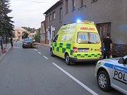 Řidič narazil do rodinného domu.