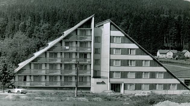 Dřívější chata Stavostroje.