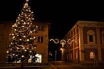 Vánoční strom v Opočně.